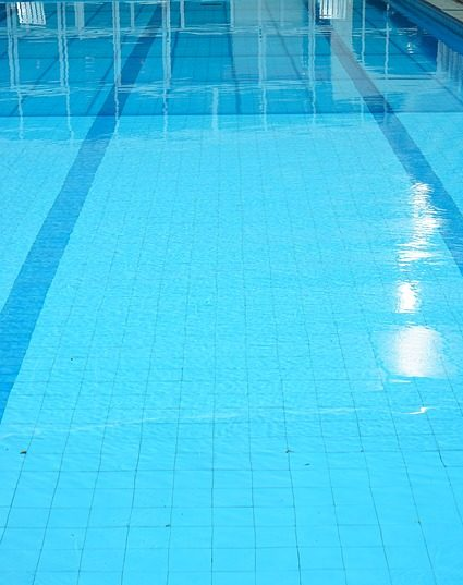 Hausundgarten-muenchen.de - Schwimmbadreinigung